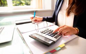 Não é necessário indicar bens para citar devedores do erário em ações de cobrança