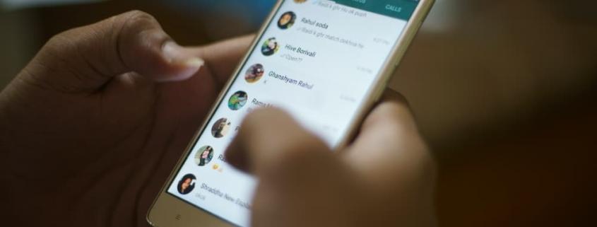 saiba o que a lei diz sobre o uso do whatsapp para realizar citações